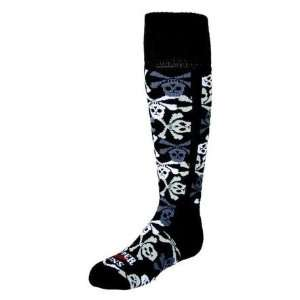 Hot Chillys Boys Pirates Sock (Pirates) S (Fits Shoe Size 9 13)Pirat