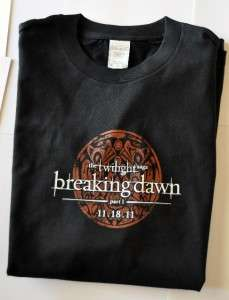 TWILIGHT BREAKING DAWN SHIRT COMIC CON SDCC WOLF PACK M