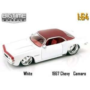 Jada Dub City Big Time Muscle White 1967 Chevy Camaro 164