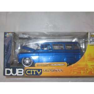 Dub City Old Skool 1957 Chevy Suburban Met Blue 124 Toys