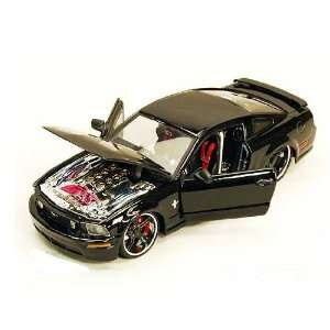GT Hard Top (2006, 124, black) diecast car model Toys & Games