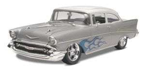 Revell Monogram 4251 1957 Chevy Bel Air 2 Door Sed 125