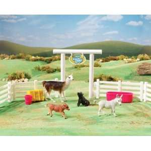 Breyer Stablemates Petting Zoo Toys & Games