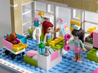 LEGO Friends Heartlake Vet 3188 Toys & Games